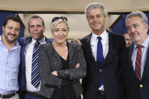 Matteo Salvini, Harald Vilimsky, Marine Le Pen, Geert Wilders ja Gerolf Annemans (Reuters/Francois Lenoir)